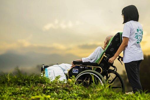 老人長期照顧服務法2.0未來願景