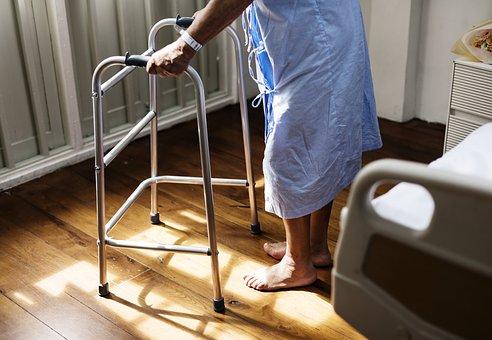 老人長期照顧申請對於許多家庭有很大幫助